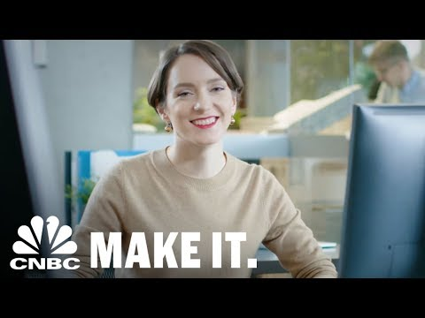 How To Describe Yourself In 3 Words During A Job Interview | CNBC Make It.