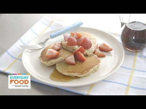 Cinnamon-Oat Pancakes - Everyday Food with Sarah Carey