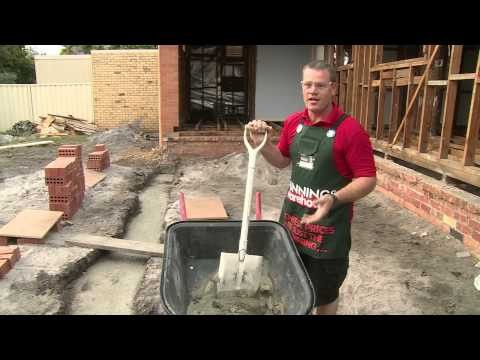 How To Mix Mortar - DIY At Bunnings