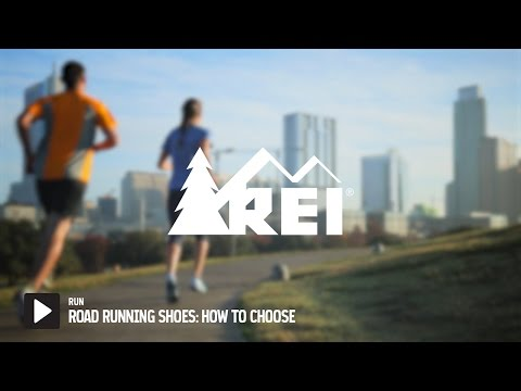How to Choose a Running Shoe || REI