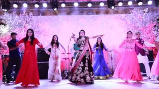Bride & Her Friends | London Thumakda | Sangeet Dance | Wedding Choreography
