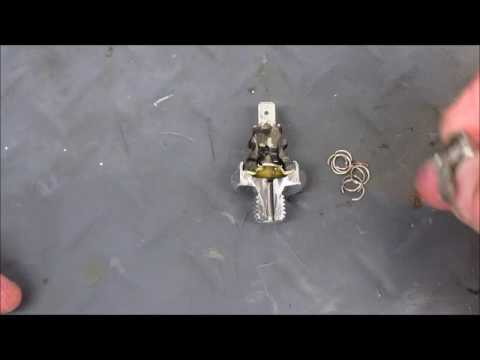 1983 R100RS Testing Oil Pressure Switch, How is it Constructed?