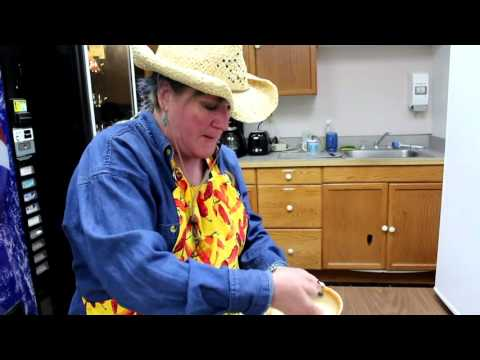 How To Make a Western Omelette at Work -- Foodie Friday