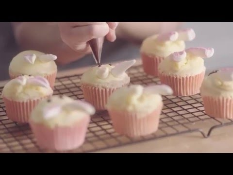 Easter Bunny Cupcakes Recipe Demonstration - Bake with Stork