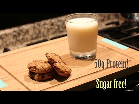 Fit sugar free chocolate cookies with peanut butter!