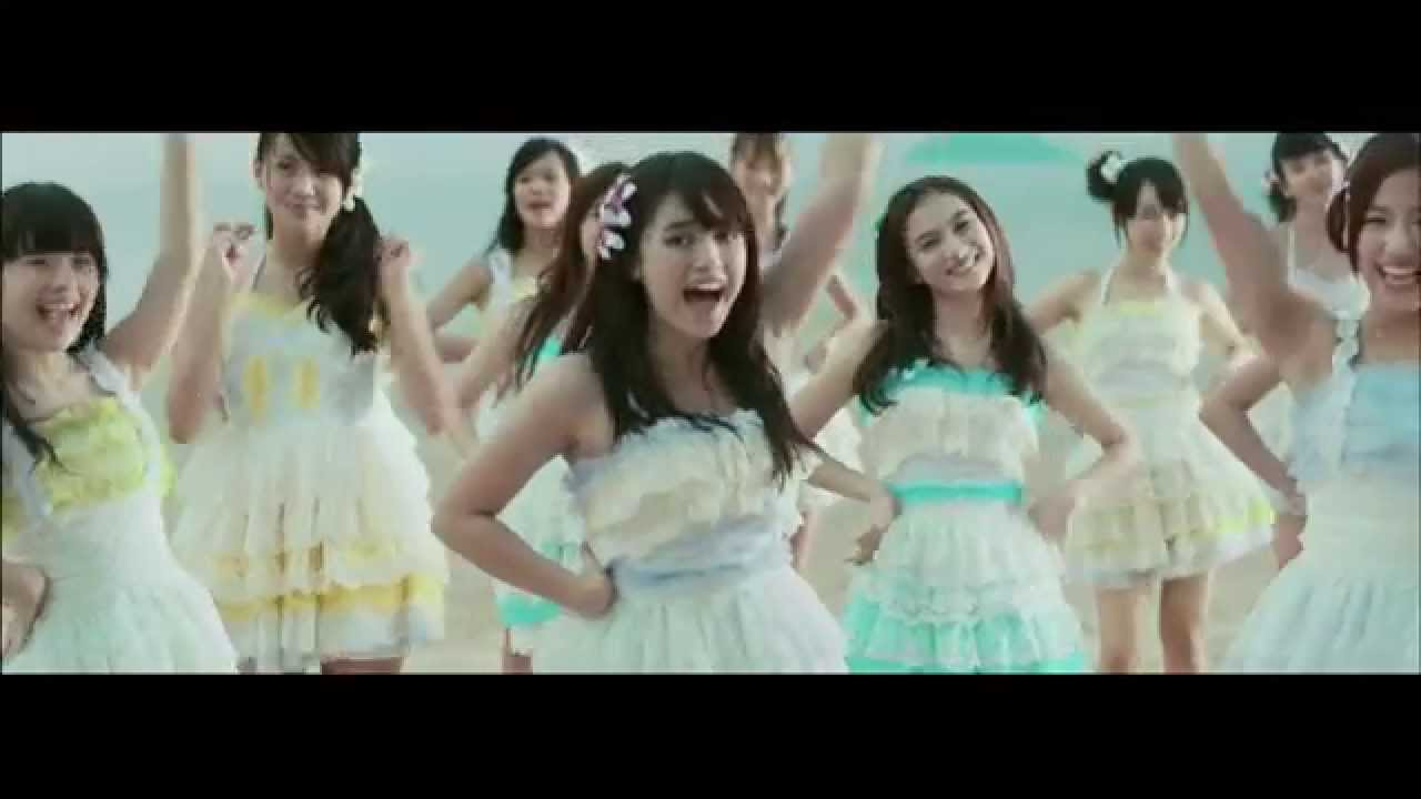 JKT48 - Manatsu No Sounds Good! (Musim Panas Sounds Good!)