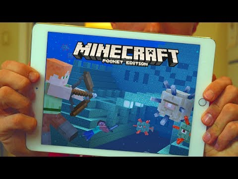 REACTING TO MINECRAFT POCKET EDITION!!