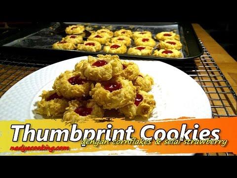 Resep Kue Kering Thumbprint Cookie dengan Cornflakes dan Selai Strawberry