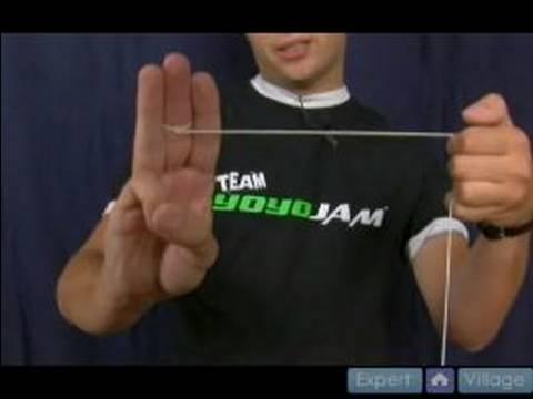 How To Do Basic Yo-Yo Tricks : How to Do The Jamaican Flag Yo-Yo Trick