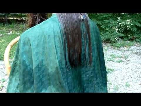HOW TO DO A BLUNT CUT ON LONG HAIR - (Rovny Strih u dlouhych vlasu)
