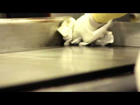 Dining - Flat Top Grill Cleaning