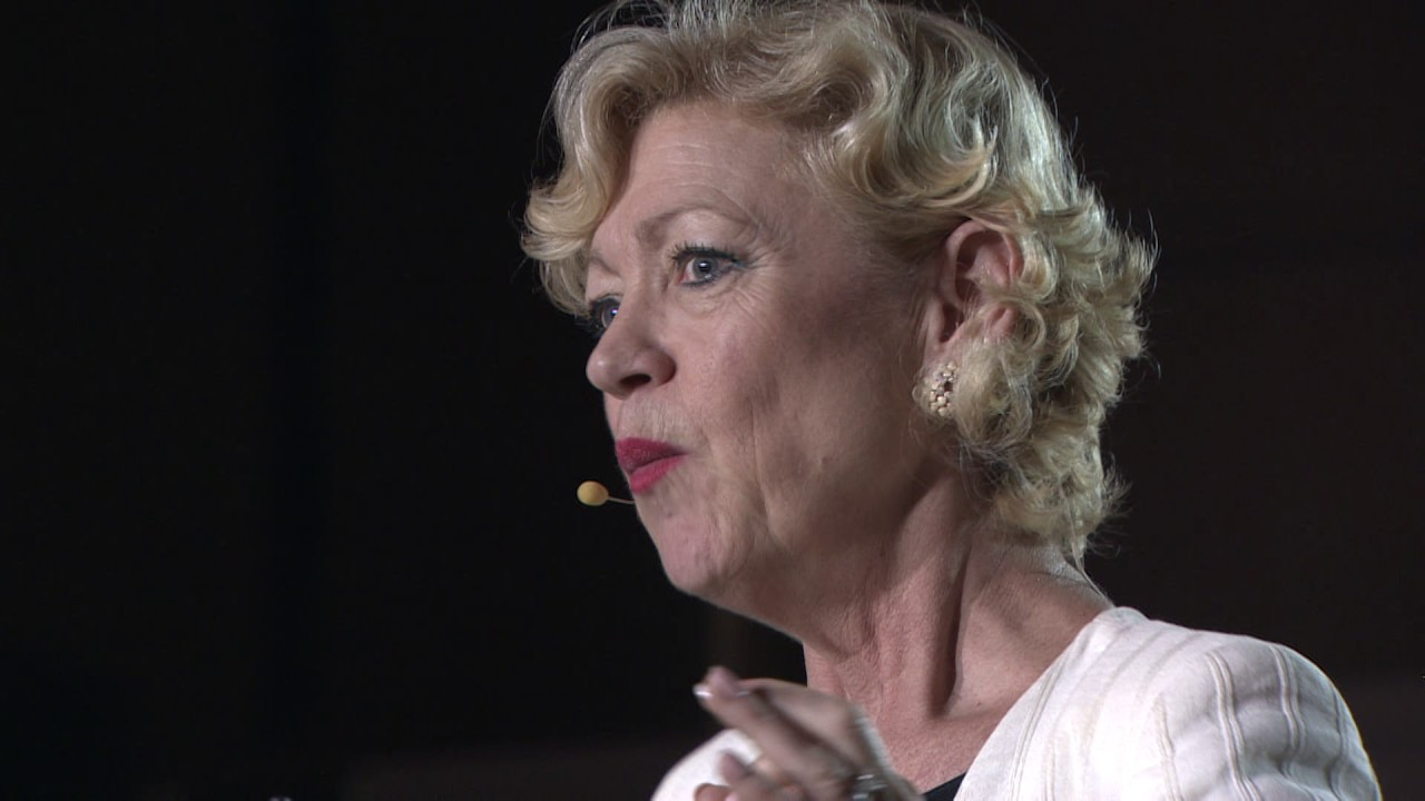 Own Your Behaviours, Master Your Communication, Determine Your Success | Louise Evans | TEDxGenova