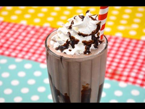 How to Make Chocolate Milkshake  ช็อคโกแลตมิลค์เชค