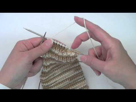 Heel Flap & Gusset - Tutorial - Knitting Blooms