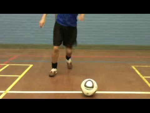 How to play soccer - Learn step cut turn - Football Soccer Skills