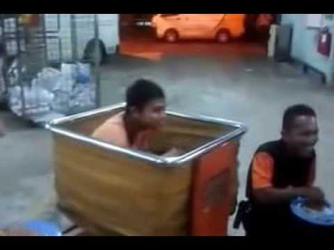 Jamuan Poslaju Shah Alam