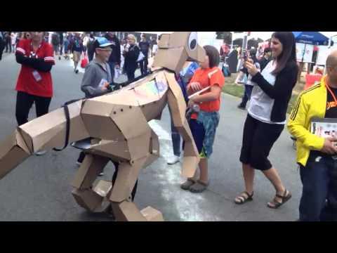Kit Rex: cardboard dinosaur costume