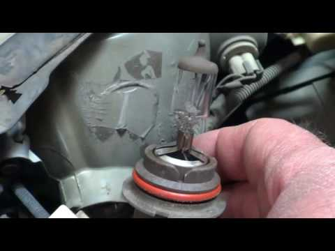 2002 Pontiac Grand AM Headlight Lamp Replacement