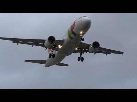TAP Air Portugal A320 landing in crosswind at manchester