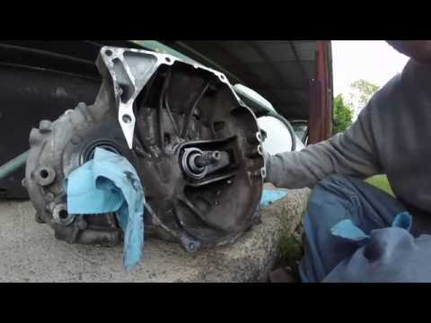 DIY 8th Gen Civic Si Throwout Bearing/Release Bearing Install Part - 7 Clutch Job