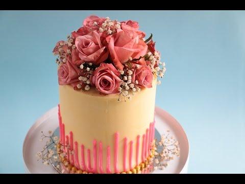 Perfect straight edges- Fresh Flower Bouquet Cake Tutorial- Rosie's Dessert Spot