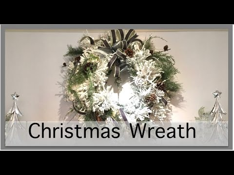 Christmas Decorations | How to Make A Wreath