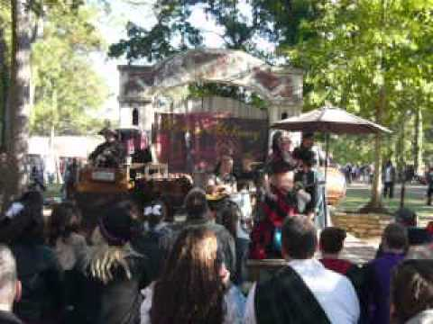 A LITTLE WINE & ALCHEMY AT TRF 2012