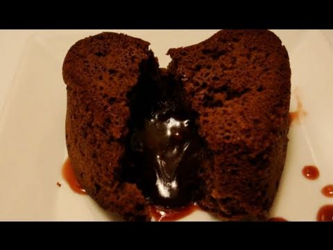 How to Make Molten Lava Cakes for Two with CookingAndCrafting