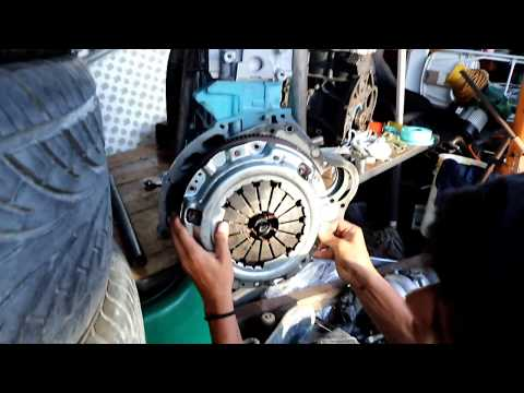 How to install a clutch, flywheel & pressure plate