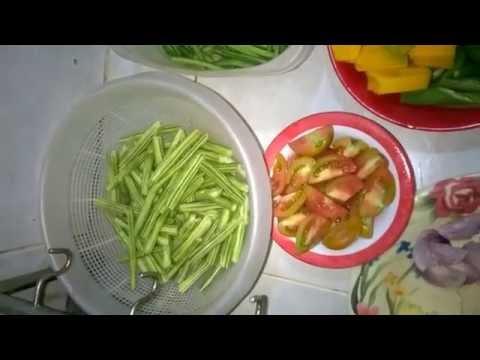 How to cook Horseradish tree fruit(Bunga ng Malunggay) ALA Pakbet