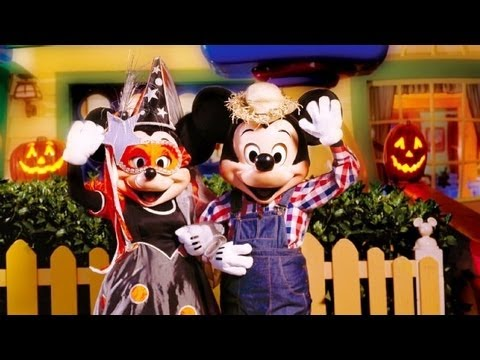 ♥♥  2017 Mickey's Boo-To-You Halloween Parade at Walt Disney World (in HD)