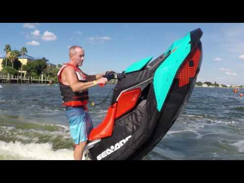Sea-Doo SPARK TRIXX Freestyle