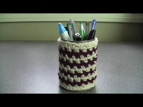 Crochet pen holder snugly