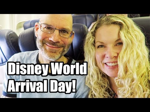 Disney World Arrival / Travel Day plus Pop Century Renovated Room Tour! January 2018, Day 1