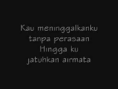 Download ST12 - Jangan Pernah Berubah [with lyric] MP3 Gratis