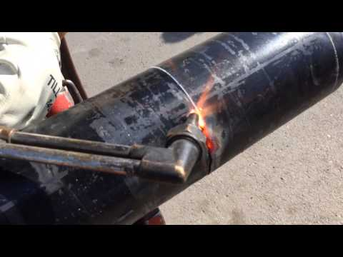 Pipe beveling with a cutting torch oxygen actelyne