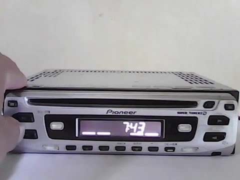 Igualar la hora del radio de auto pioneer DEH 1770 - Set the clock of the car radio pioneer dhe 1770