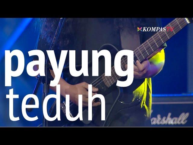 Download Payung Teduh - Untuk Perempuan Yang Sedang Dalam Pelukan (Live) MP3 Gratis