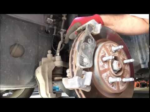 2010 Ford Escape XLT Front Brake Change