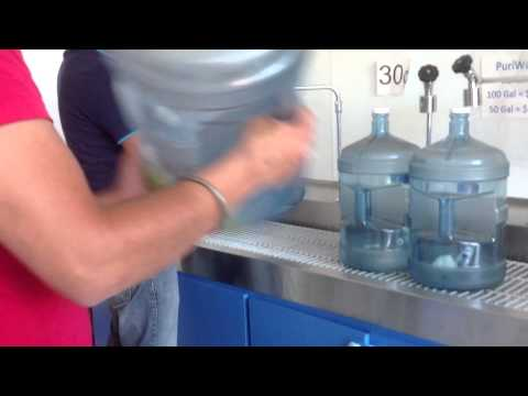 Water Bottle Cleaning - G-Away Bottle Cleaner and Deodorizer using natural food ingredients