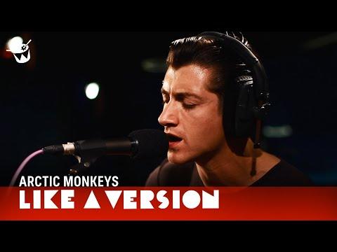 Arctic Monkeys fazem cover de Tame Impala