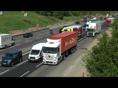M6 TRAFFIC CRAWLING MIDDLEWICH LORRIES GALORE MAY 2018