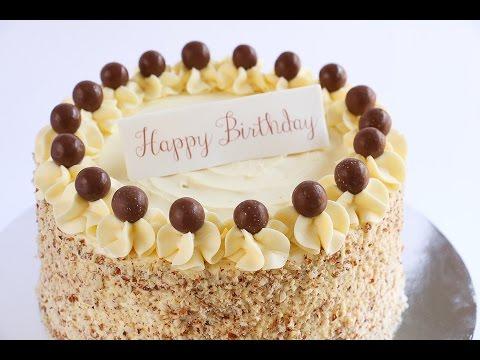 Crushed Almond Border Cake- Rosie's Dessert Spot