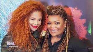 Yvette Nicole Brown Meets Janet Jackson Courtesy of The Real!