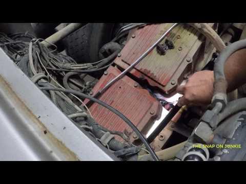 CUMMINS N14 HACK FUEL LEAK JUMPER LINES BY THE JUNKIE