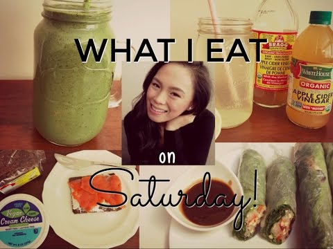 WHAT I EAT IN A DAY | SATURDAY | Breakfast, Lunch, Dinner + Snacks!