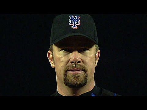 2000 NLDS Gm4: Bobby J. Jones gets the final out