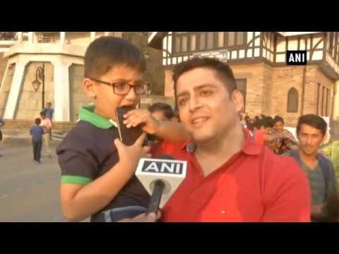 Watch: President Kovind takes a walk at Shimla's Mall Road