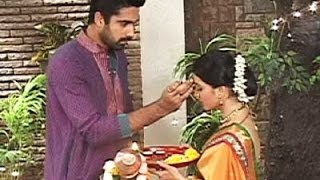 Aastha Is Unhappy To Go Away From Her Husband Shlok