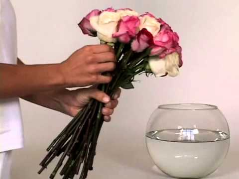 How to Make Flower Centerpieces: DIY Wedding Bouquets and Centerpieces